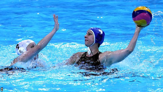 Great Britain&#039;s Chloe Wilcox (left) challenges Hungary&#039;s Hann Anna Kisteleki