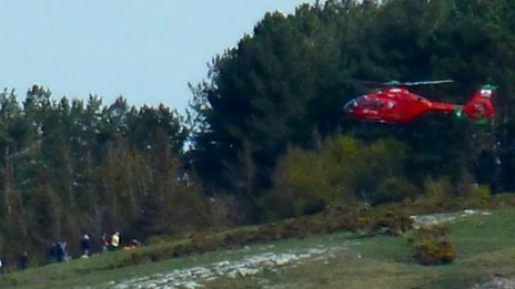 Wales Air Ambulance arrives on scene at Llanddulas after a paragliding incident (Twitter: @llandulas)