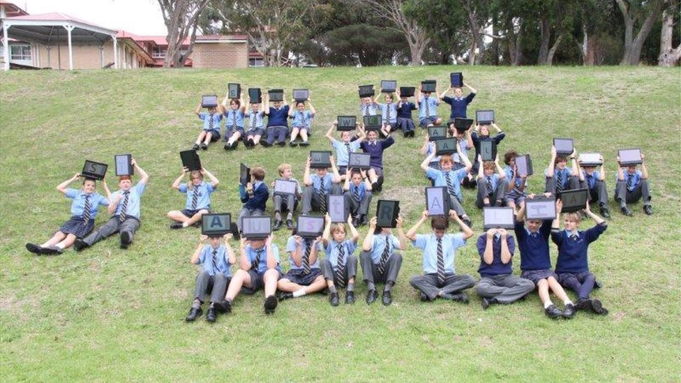 World Class World 39 S Biggest School Assembly In Pictures