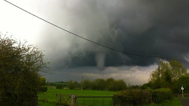 Image of the storm taken in South Leigh by Sam Kiff