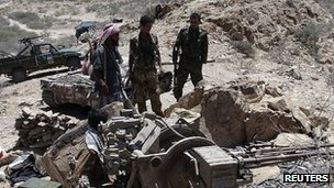 Pro-government soldiers and tribesmen in southern Yemen. 6 May 2012