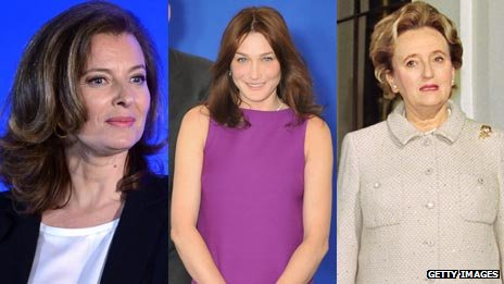 Valerie Trierweiler (L), Carla Bruni in 2008 (C) and Bernardette Chirac in 1996s