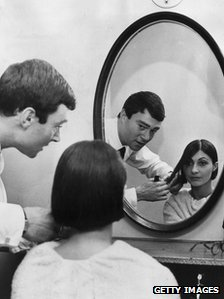 Vidal Sassoon cutting Emmanuelle Khanh's hair in 1963