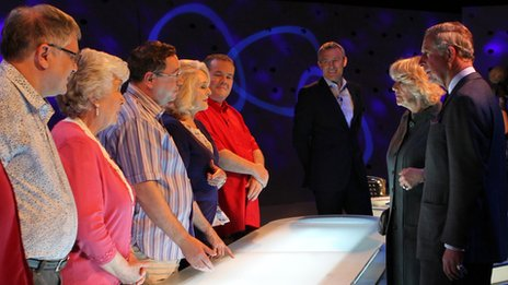 Jeremy Vine looks on as the royal couple visit the Eggheads' set