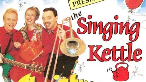 Singing Kettle, 1992