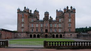 Drumlanrig Castle
