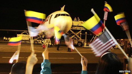 The first cargo of Colombian flowers leaves Bogota for Miami under the two countries' free trade agreement on 14 May 2012