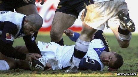 Jason Robinson concussed while playing for Sale in 2006