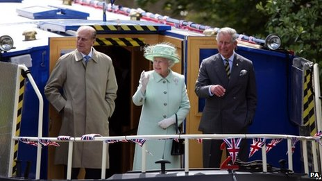 The Queen visits Burnley and Accrington