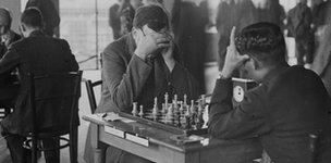 TH Tylor and Sultan Khan play in London in 1932