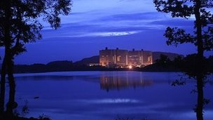 Picture of Trawsfynydd nuclear power station at night