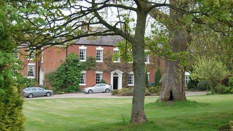 Loynton Hall