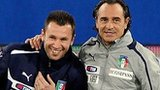 Antonio Cassano (left) and Cesare Prandelli