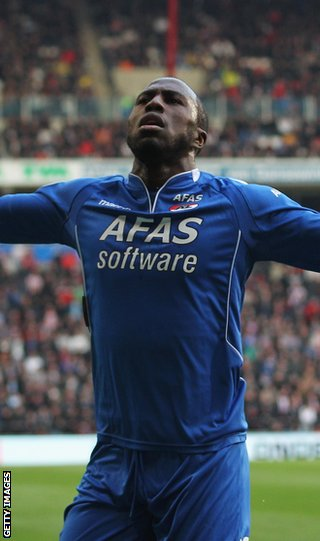 Altidore celebrates a goal for Alkmaar in the Europa League