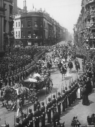 Queen Victoria's Diamond Jubilee procession (Photo by London Stereoscopic Company/Getty Images)