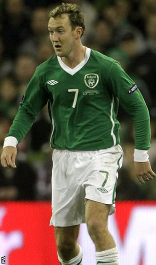 McGeady says he is ready to fight for his place against Sunderland winger James McClean