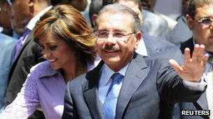 Margarita Cedeno (left) and Danilo medina (right)