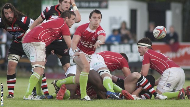London Welsh's Rob Lewis in Championship final action against Cornish Pirates