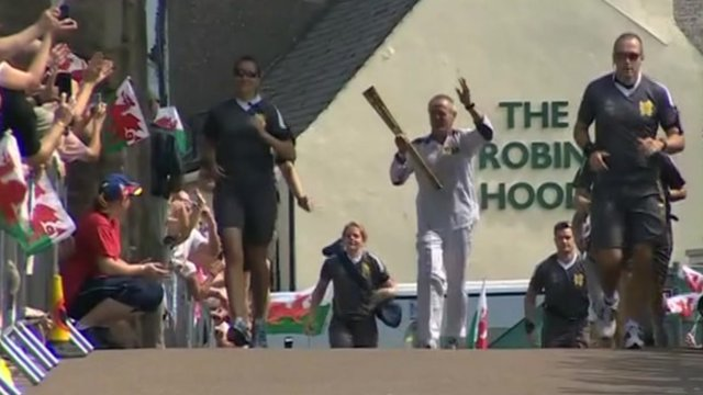 Olympic torch relay in Monmouth