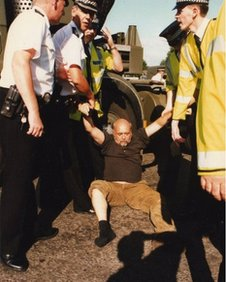 An arrest during the action to stop a nuclear warhead convoy in Balloch, 1994
