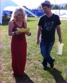 Helen & Barney practise their lines