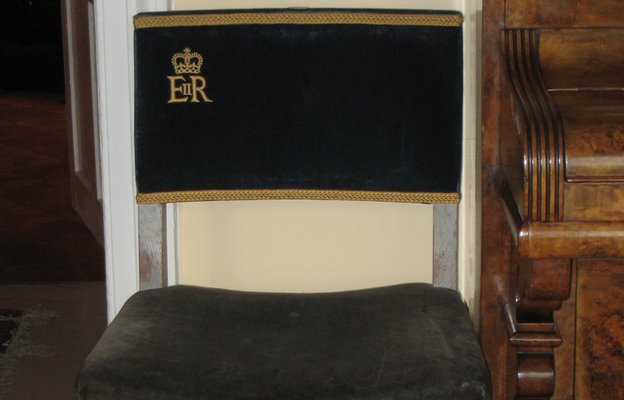 Coronation chair 1953