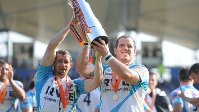 Shane Williams and Paul James with the Pro12 trophy