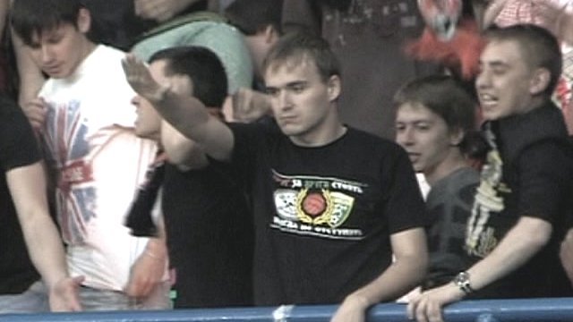 Ukraine football fan gives nazi salute