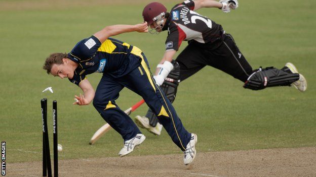 David Griffiths of Hampshire runs out George Dockrell of Somerset