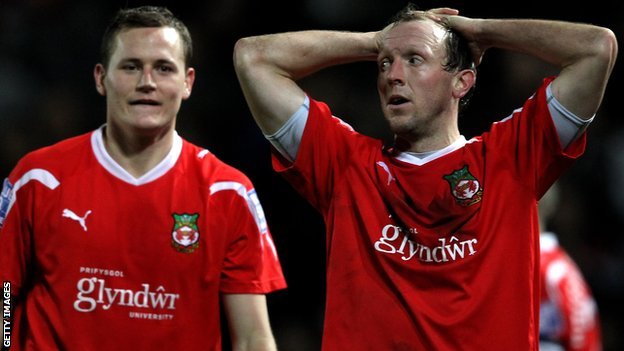 Wrexham manager Andy Morrell (right) during the third round FA Cup defat to Brighton