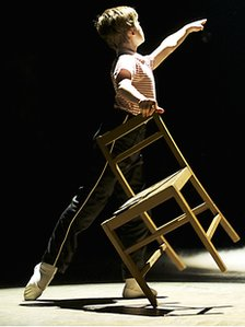 Harris Beattie as Billy Elliot. Photo by Manuel Harlan