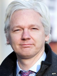 Wikileaks founder Julian Assange arrived for the second of a two-day hearing at the Supreme Court in central London on 2 February 2012