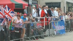 The crowds wait for the torch in Stafford