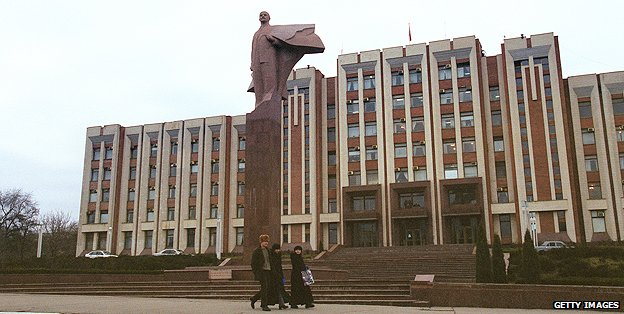 Statue of Lenin in Trans-Dniester