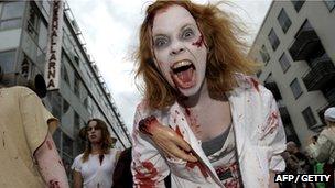 Zombie walk participant