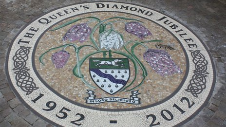 Jubilee mosaic in Cricklade