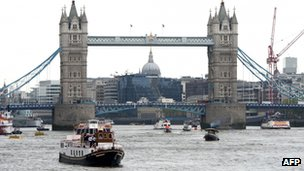 Seven London bridges will be closed during the river pageant