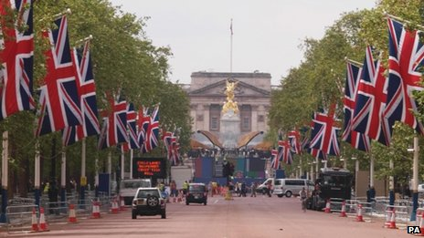 Union jacks line the Mall in front of Buckingham Palace