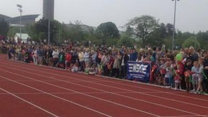Crowds at running track