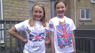 Kira Horsfall and Eva Knott's jubilee t-shirts