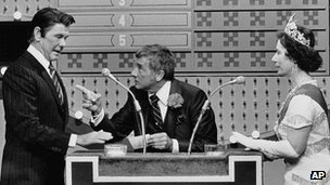 Dawson hosted a spoof episode between Ronald Reagan, played by Johnny Carson, and the Queen (Rose Carr)