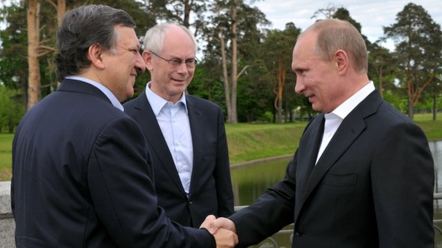 Senior EU officials are meeting President Vladimir Putin