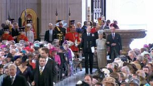 Dignitaries arrive at St Paul's.