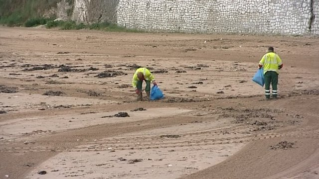 Beach cleaners in Thanet