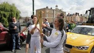 Alva Nolan (left) ran with the torch in Dublin