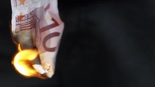 Burning euro note