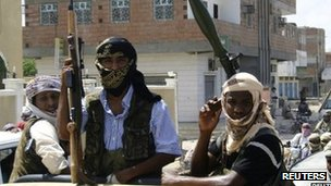 Members of Ansar al-Sharia in the southern Yemeni town of Jaar