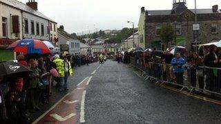 Crowds in Ballynahinch