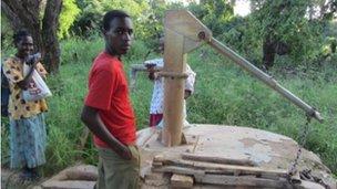 hand pump Kenya