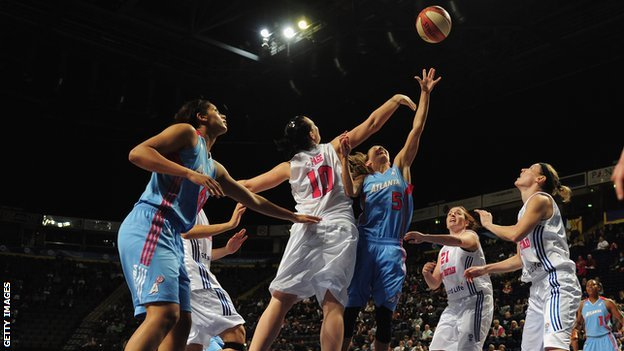 Great Britain take on Atlanta Dream in 2011